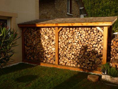 Bûcher à bois Red Cedar du Canada